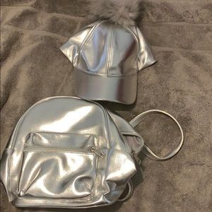 Hat and mini back pack set!